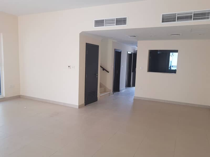 2 ! 3 Bedroom town house For Rent!Ready to Move in