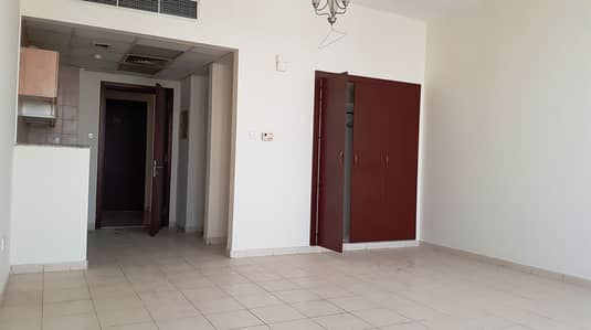 Studio for Rent in International City, Dubai - France Cluster Studio with Balcony | in P Building