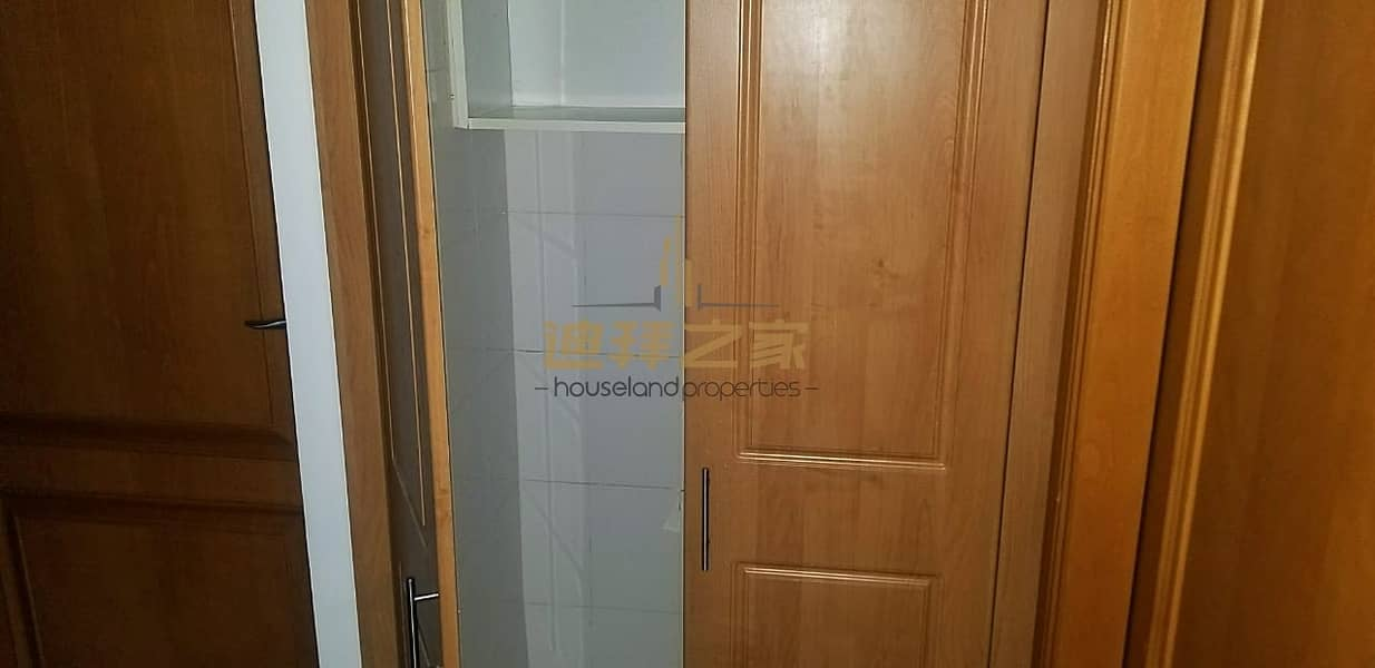 12 Huge and Spacious 1BHK With Closed Kitchen