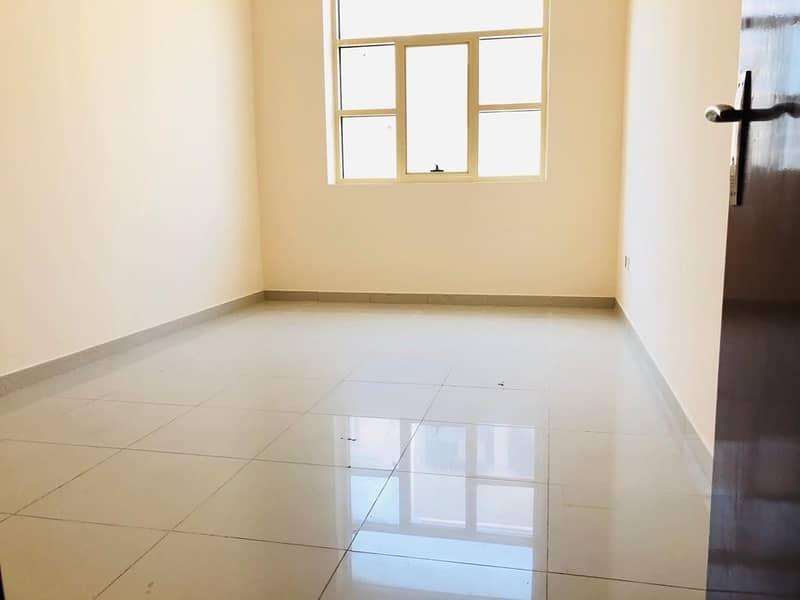 شقة في المطينة ديرة 3 غرف 68000 درهم - 4616631