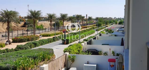 3 Bedroom Villa for Rent in Town Square, Dubai - Elegant Finished | 3BR+Maid |1 Month Free