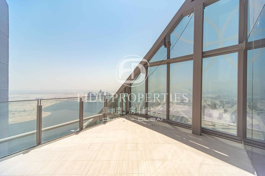 2 Below Market Price 5 Beds Penthouse in D1 Tower