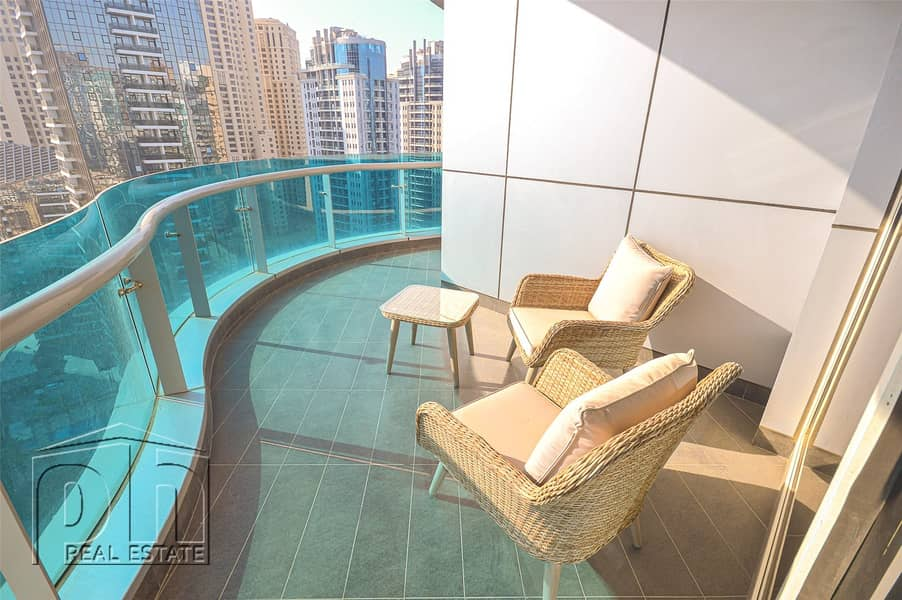 2 3 Bedrooms | Upgraded | Fully Furnished