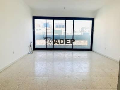 استوديو  للايجار في شارع حمدان، أبوظبي - Studio ready To Move Very Spacious
