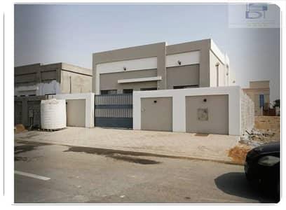 فیلا 4 غرف نوم للبيع في الياسمين، عجمان - فيلا ممتازة علي الشارع الجار جديدة للبيع بسعر رائع جدا