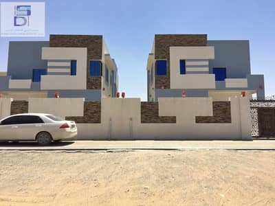 5 Bedroom Villa for Sale in Al Rawda, Ajman - Modern design villa, large area, close to all services, the finest areas of Ajman freehold for all nationalities