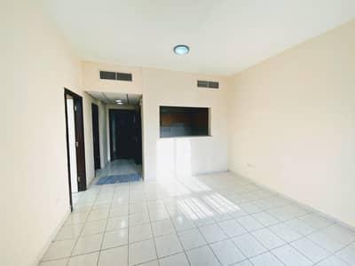 شقة 1 غرفة نوم للبيع في المدينة العالمية، دبي - شقة في الحي الإيطالي المدينة العالمية 1 غرف 320000 درهم - 4617774