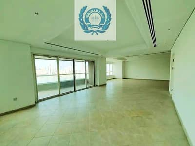Chiller Free Luxurious 4BHK Apt Maid Room HC In Just 150k Al Majaz 1