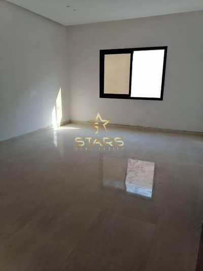 5 bedroom spacious villa in alazra area for sale..!!!
