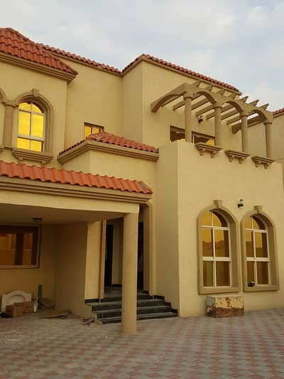6 Bedroom Villa for Rent in Al Rawda, Ajman - We have villas for rent in the Emirate of Ajman for citizens and expatriates at the lowest price