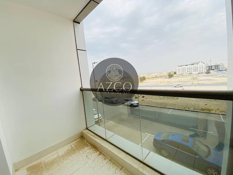 2 2 BEDROOM | WHITE AND BRIGHT FINISHES| LUSCIOUS BALCONY VIEW