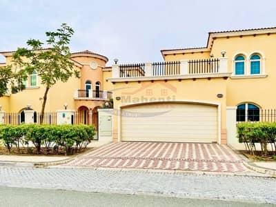 فیلا 5 غرف نوم للايجار في جميرا بارك، دبي - Luxury 5BHK Legacy Villa in Good Condition