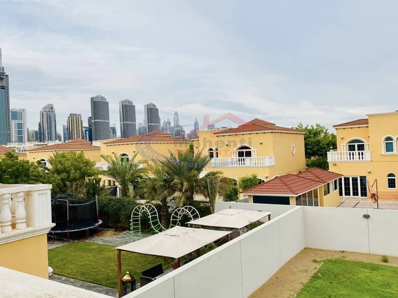 2 Luxury 5BHK Legacy Villa in Good Condition