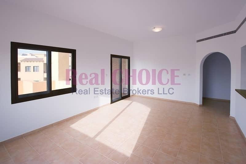 2 12chqs | n ocommissions | 1bedroom apartment