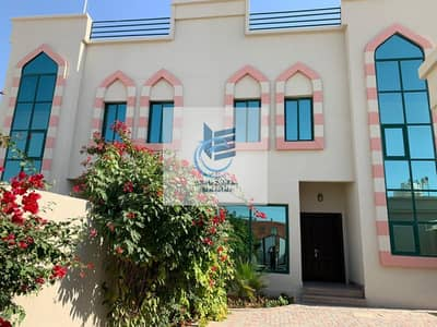 Vacant | Semi Independent 4 BR with Huge Garden in Al-Barsha 3