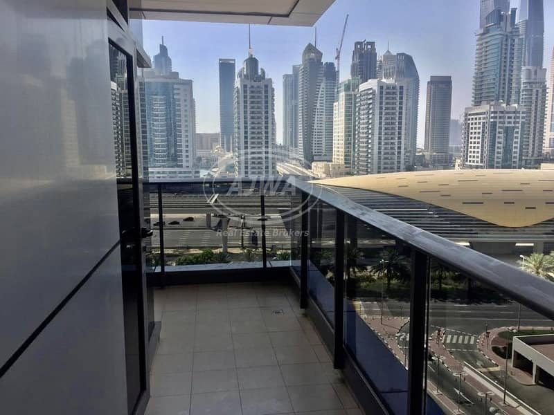 24 1 BR In Green Lakes   near metro station