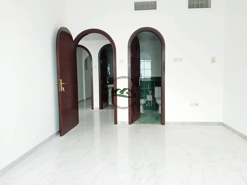 2 Special Offer! Upgraded Family Sharing Apt with Free Parking