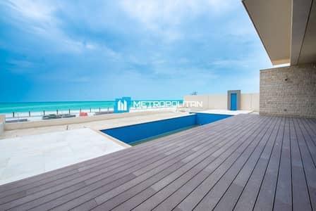 7 Bedroom Villa for Rent in Saadiyat Island, Abu Dhabi - Beach Villa 7 bedroom with swimming pool for rent
