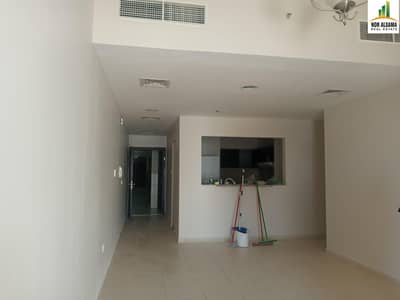 3 Bedroom Flat for Rent in Liwan, Dubai - SUPER OFFER !!! Large 3 bedroom 3 Balconies  Maid's Laundry Store in Queue Point-Liwan
