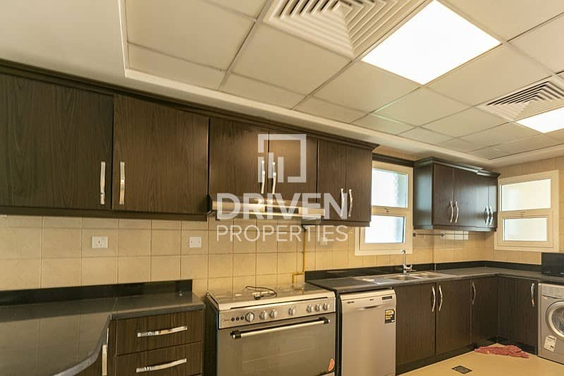 20 Stunning 3 Bed Townhouse with Fitted Kitchen