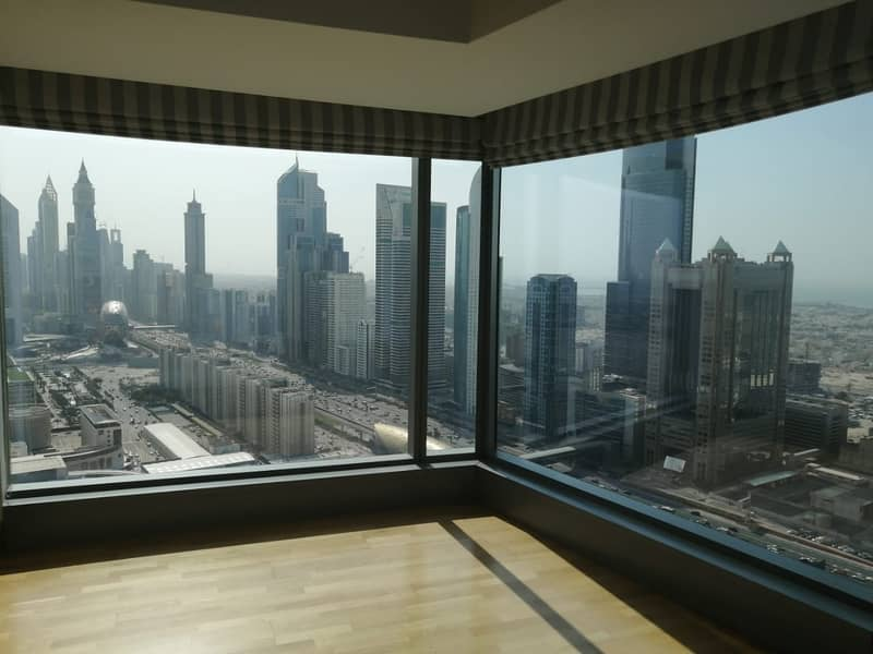 1 Best Deal|Luxury Corner Unit|Vacant view today