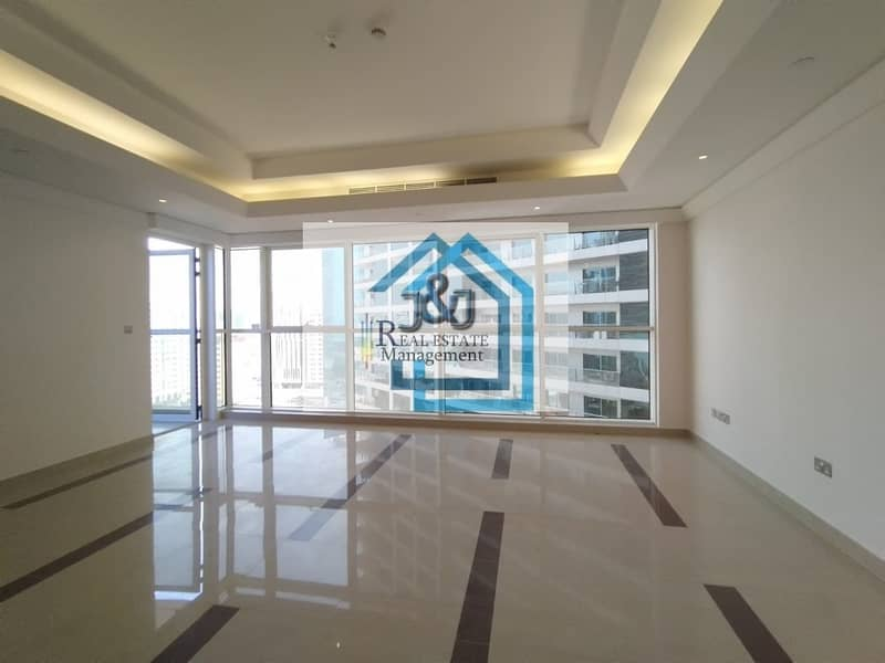 Stylish 3 Bedroom with maid room City view Apartment Corniche Area