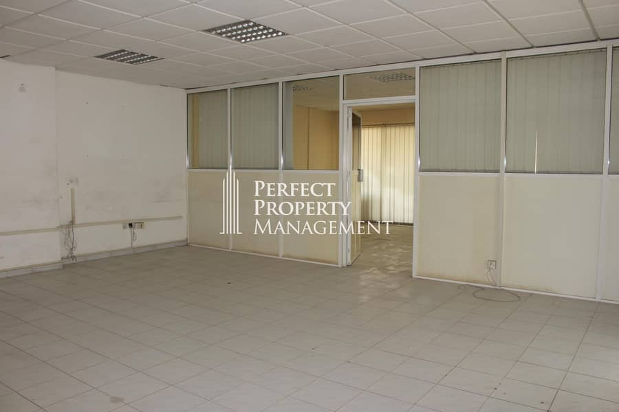 2 Office in a very good location near to pearl round about