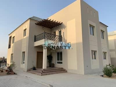 5 Bedroom Villa for Rent in Dubailand, Dubai - Exquisite Villa   Private Pool   Sleek Design