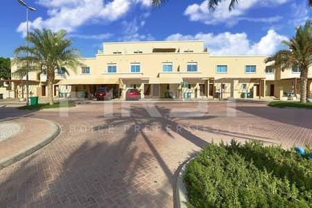 4 Bedroom Villa for Sale in Al Reef, Abu Dhabi - Own this Single Row Villa in Reef in Reef.