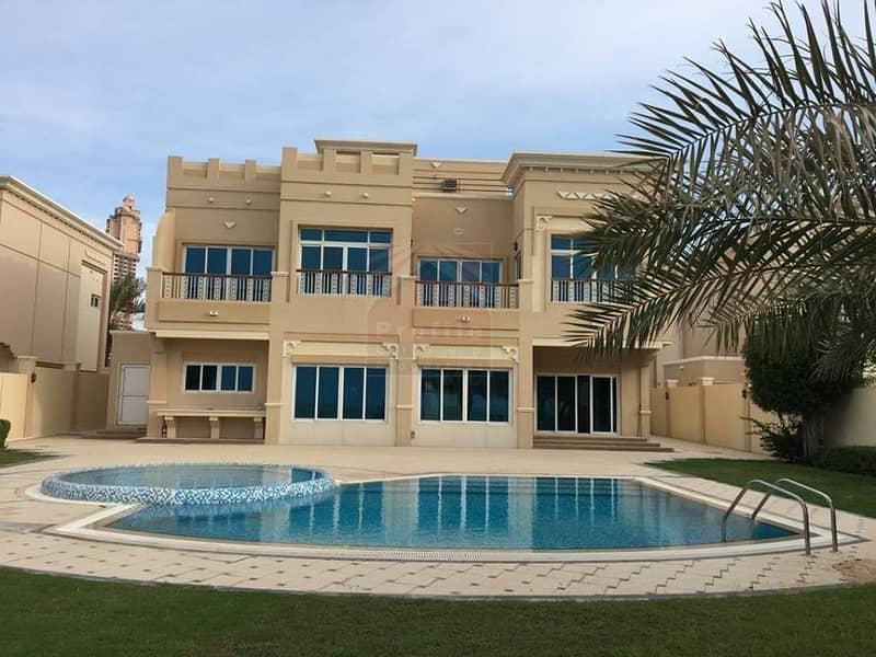 11 Exquisite 4 bedroom villa in Royal Marina