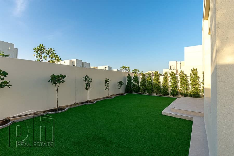 1 Extention | Landscaped Garden | Furnished