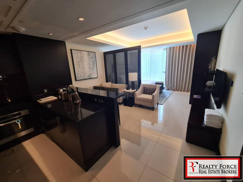 2 HIGH FLOOR   FURNISHED   BOULEVARD VIEW