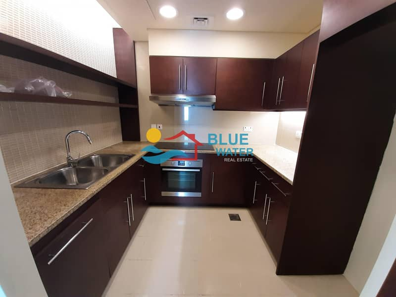 2 NO Fee! 2 M/BR With Facilities in Nation Tower