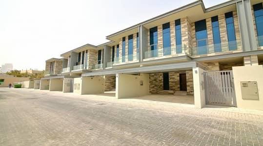4 Bedroom Villa for Rent in Jumeirah, Dubai - 12 CHQS | Stunning 4 + Maids