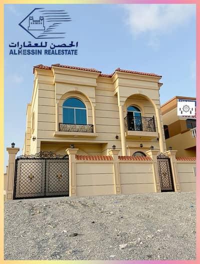 5 Bedroom Villa for Sale in Al Helio, Ajman - Villa for sale in Al Helio - modern design and great location