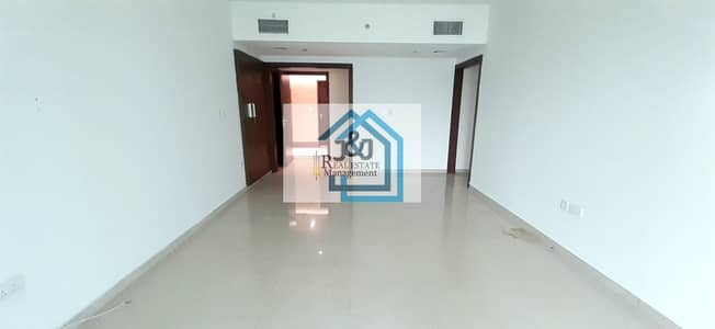 3 Bedroom Flat for Rent in Al Reem Island, Abu Dhabi - Hot Deal !! 3 Bedroom Apartment Monthly 8000 UnFurnished Sea Side Tower
