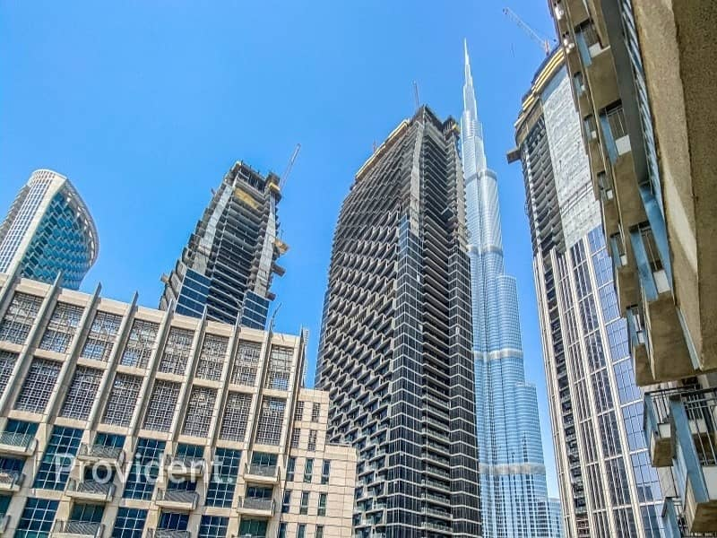 1 Vacant with Study room|Alluring Burj Khalifa View