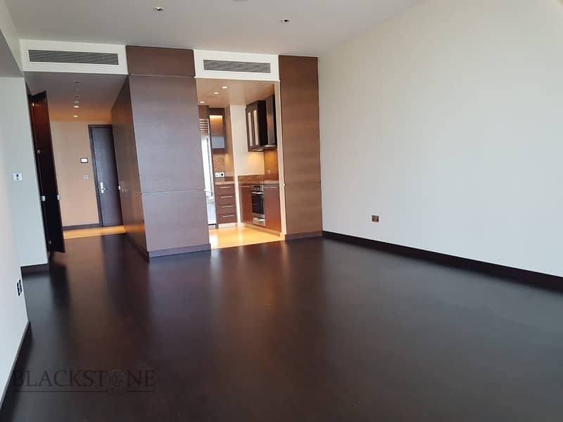 2 Stunning 1BR for Sale in the tallest Buiding in Dubai