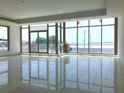 Building for Rent in Jumeirah, Dubai - G+2 SPACIOUS | 3 BLOCK AVAILABLE | SEA VIEW | SPACIOUS ROOMS