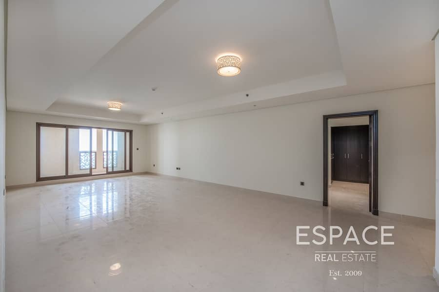 2 Large 3 Bed on High FLoor