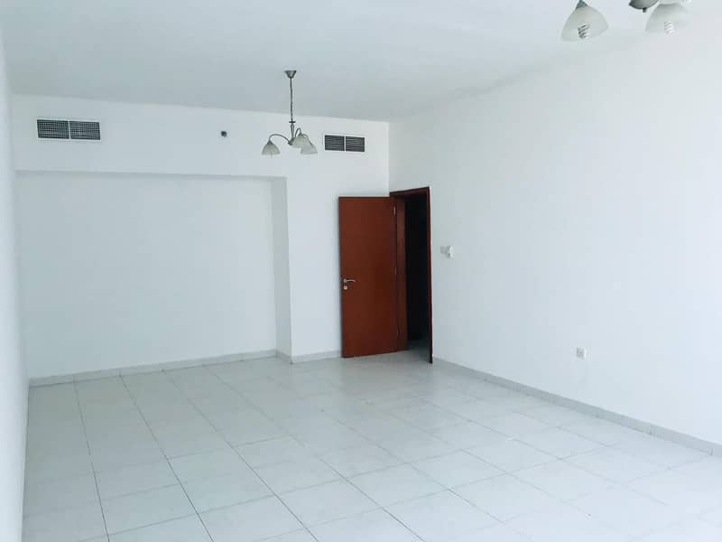 2 Bedroom Hall with Parking for sale in Falcon Tower