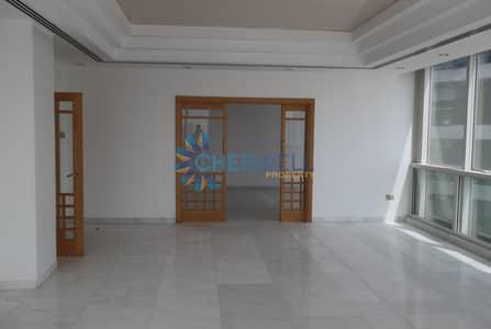 شقة 4 غرف نوم للايجار في شارع الكورنيش، أبوظبي - Elegant And Luxurious 4 BRM Apartment In Corniche