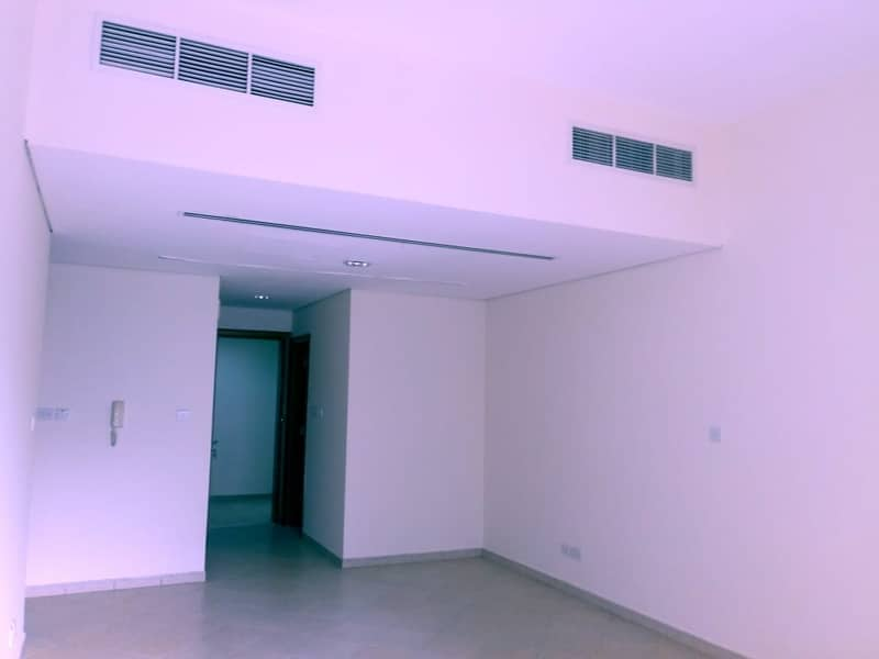 SPACIOUS !!! ONE BEDROOM HALL TWO WASHROOM  IN SOUQ AL KABEER, BUR DUBAI, @ 47k.