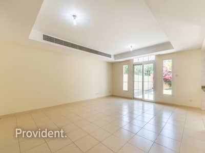 3 Bedroom Villa for Rent in The Springs, Dubai - Bright and Spacious