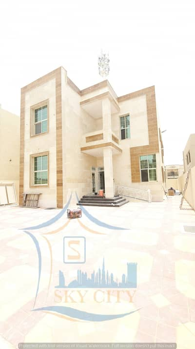 6 Bedroom Villa for Sale in Al Mowaihat, Ajman - Central air-conditioning villa, 6 master bedrooms, very large, personal finishing