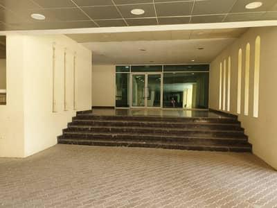 فلیٹ 2 غرفة نوم للايجار في مجمع دبي للاستثمار، دبي - غرفتان كبيرتان + غرفة خادمة | جاهز للسكن