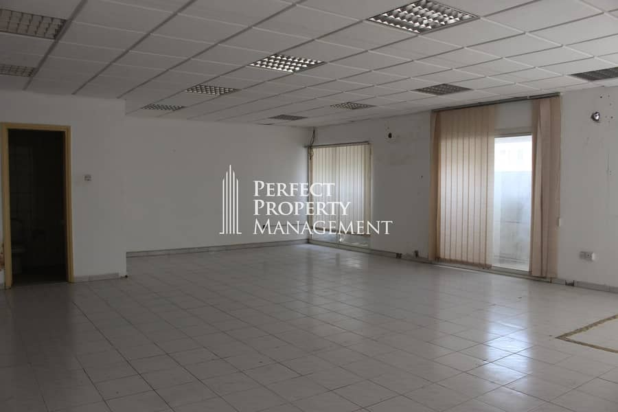 Very good location for your business. 1300 Sqft Office space for rent in Old Ras Al Khaimah