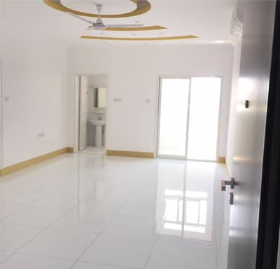 2 Bedroom Flat for Rent in Al Jurf, Ajman - Brand New Spacious 2 Bedroom Hall Apartment for Rent