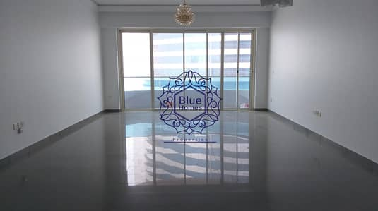 2 Bedroom Apartment for Sale in Al Majaz, Sharjah - A/C Free Sea View 2 BR for Sale 950K