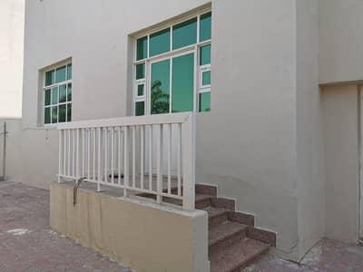 فلیٹ 3 غرف نوم للايجار في بني ياس، أبوظبي - شقة في بني ياس 3 غرف 55000 درهم - 4626481